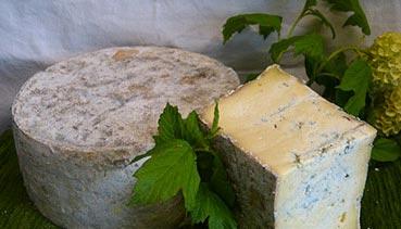 Des fromages fermiers et artisanaux au lait cru